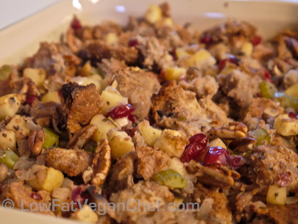 Oil Free Low Fat Vegan Cranberry Apple Pecan Holiday Stuffing