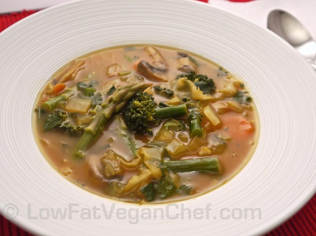 Low Fat Vegan Clean Out The Refrigerator Vegan Vegetable Soup Nutrient Dense Soup