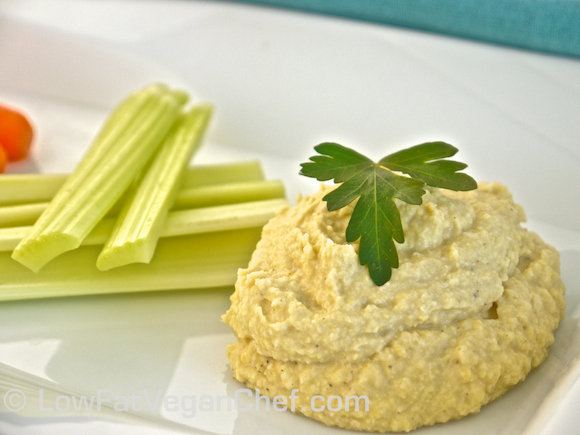 Low Fat Vegan Chef's Low Fat Oil Free Chickpea Hummus Recipe